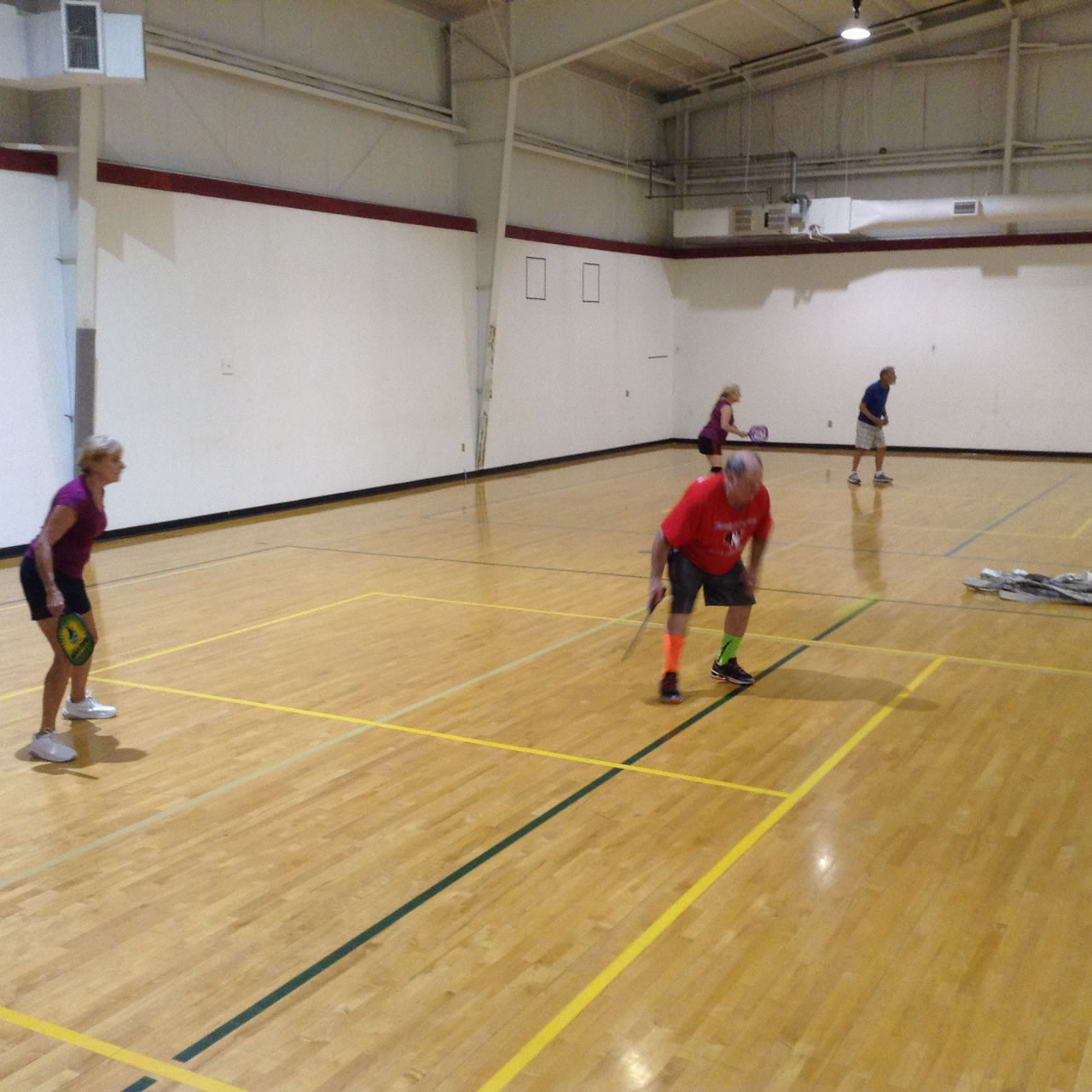madison-turners-pickleball-player-awaits-a-volley