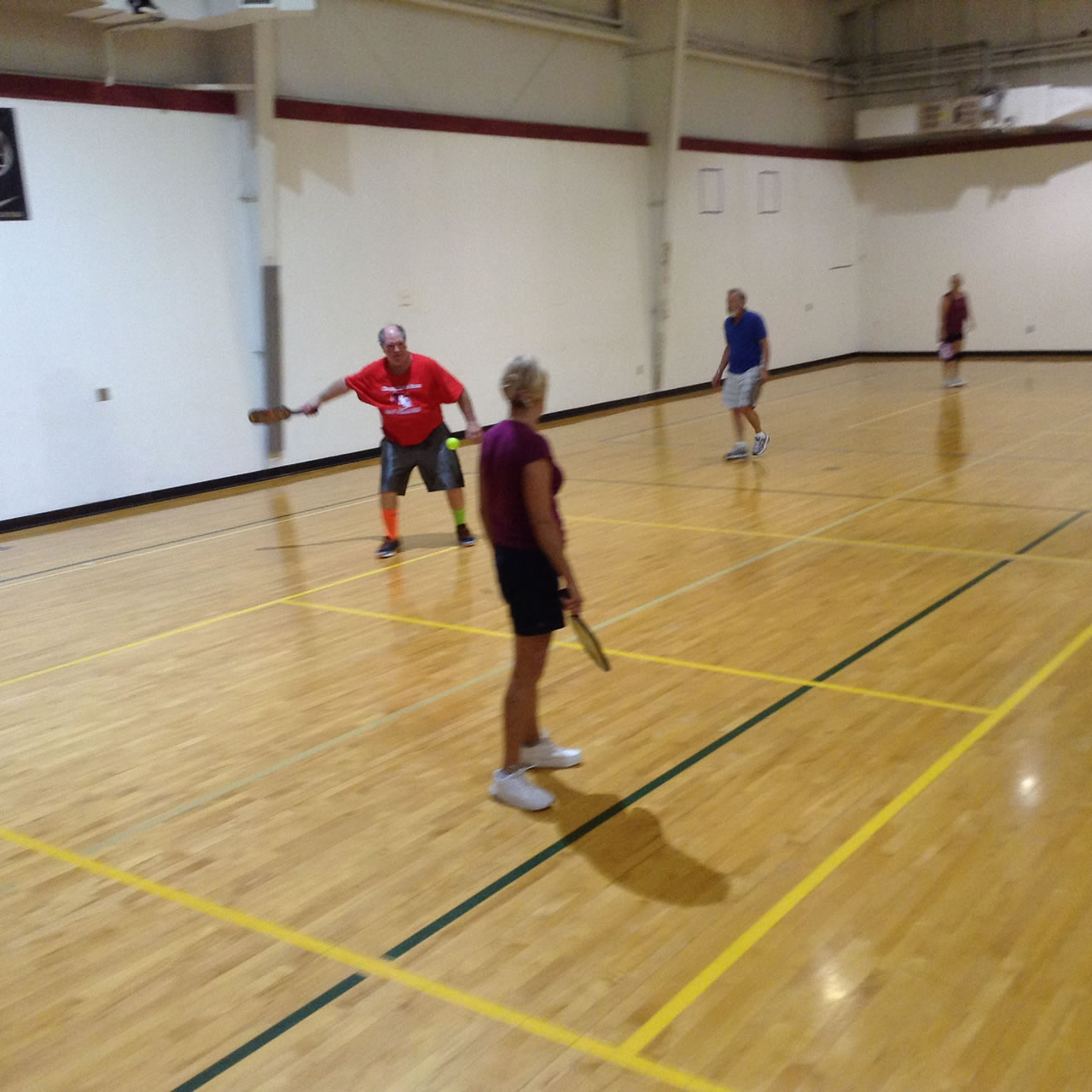 madison-turners-pickleball-returning-a-volley