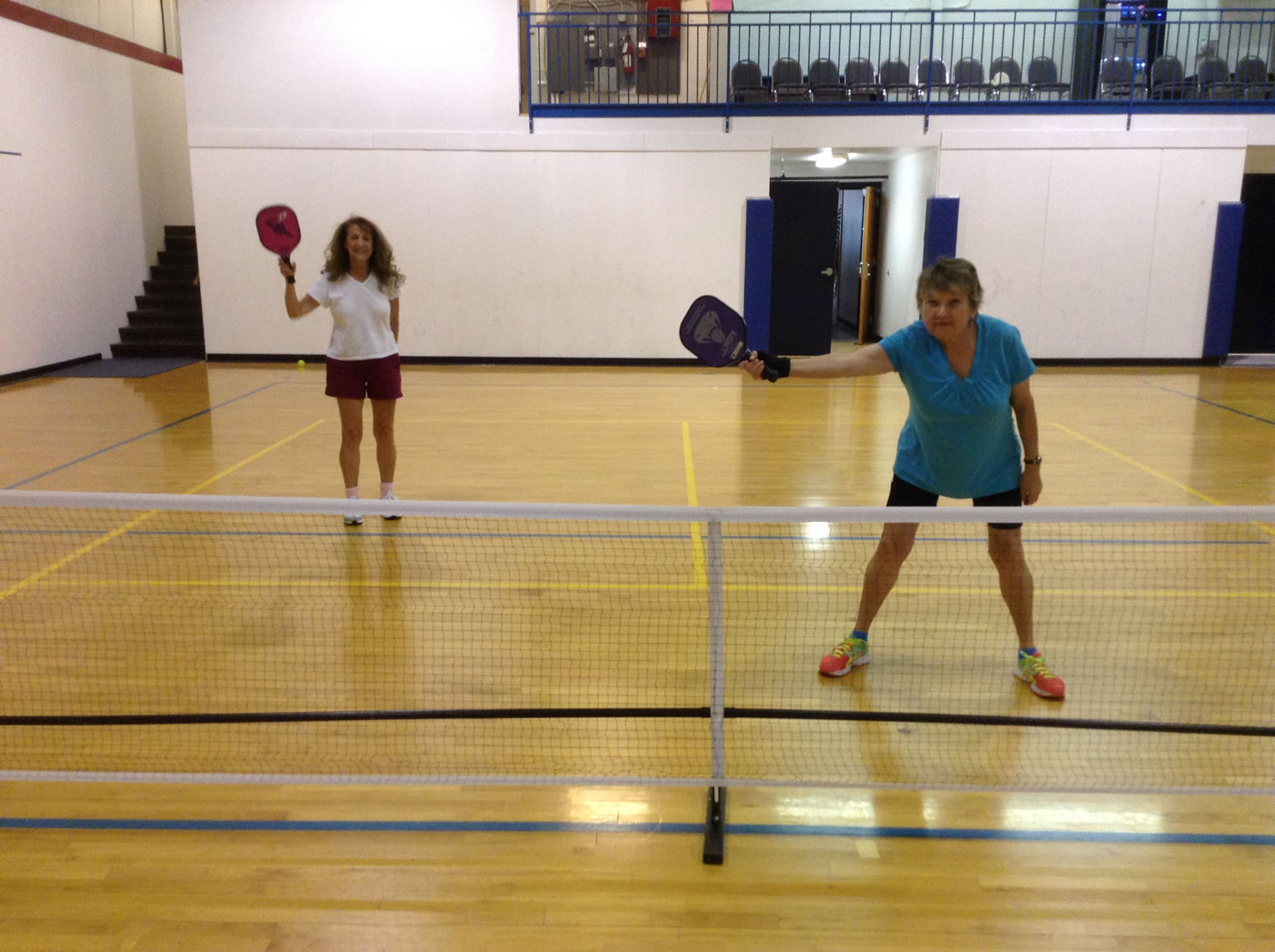 madison-turners-pickleball-two-women-awaiting-a-serve