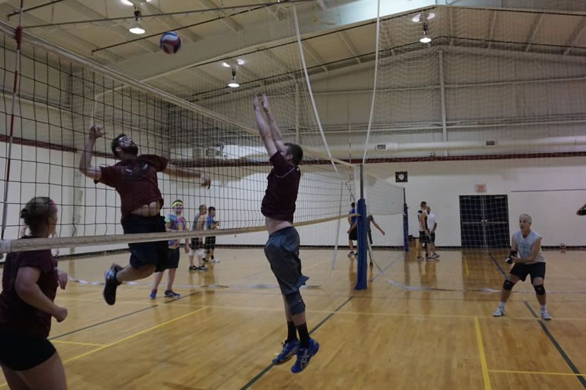 madison-turners-volleyball-middle-hit-and-block