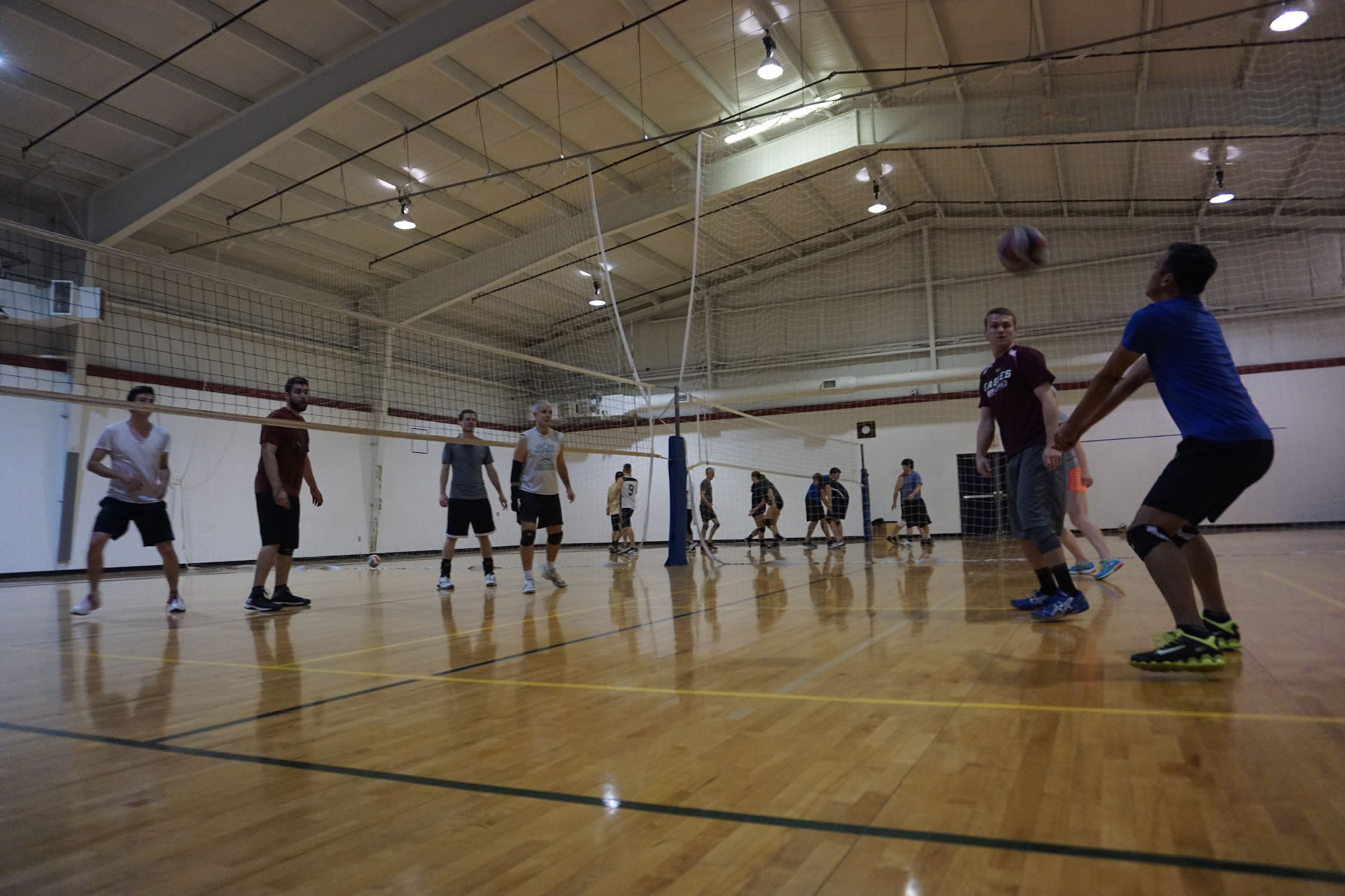 madison-turners-volleyball-pass-back-left